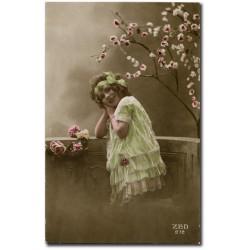 Carte postale-jeune-fille-zed-1916