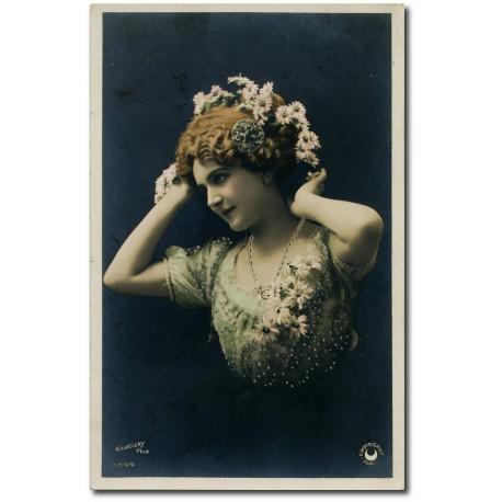 Carte postale-femme-paquerette- 1920 22